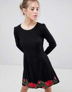 Приталенное платье с длинными рукавами и вышивкой Traffic People - Черный