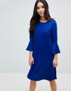 Короткое приталенное платье с рукавами клеш b.Young - Синий