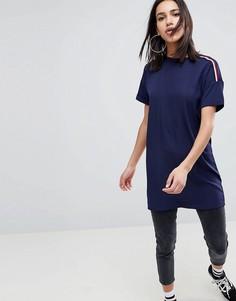 Oversize-футболка с отделкой кантом в спортивном стиле на рукавах Noisy May - Темно-синий
