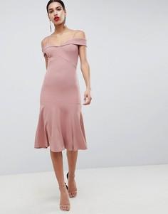 Платье с открытыми плечами Club L - Розовый