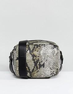 Квадратная сумка через плечо с эффектом змеиной кожи Nali - Желтый