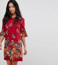 Платье А-силуэта с оборками на рукавах и цветочным принтом Yumi Petite - Красный