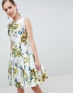 Платье для выпускного с высоким воротом и цветочным принтом Forever Unique - Мульти