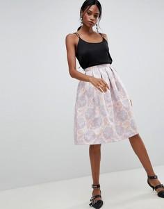 Жаккардовая юбка для выпускного с плиссировкой и цветочным принтом Liquorish - Розовый