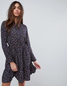 Чайное платье с длинными рукавами и мелким цветочным принтом Yumi - Темно-синий