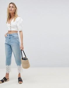 Выбеленные джинсы бойфренда с кружевной отделкой ASOS DESIGN - Синий