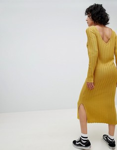 Вязаное платье миди в широкий рубчик с V-образным вырезом на спине ASOS DESIGN - Желтый