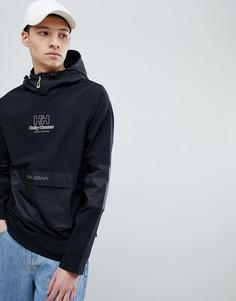 Черная куртка с капюшоном и карманом SWEET SKTBS x Helly Hansen - Черный
