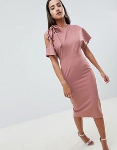 Платье-футляр с люверсом и вырезом на плече ASOS DESIGN - Розовый