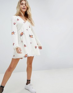 Свободное платье с вышивкой Honey Punch - Белый