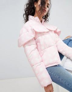 Дутая куртка в клетку ASOS - Розовый