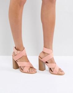 Розовые босоножки на блочном каблуке RAID Abree - Розовый