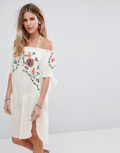 Пляжное платье с открытыми плечами Liquorish - Белый