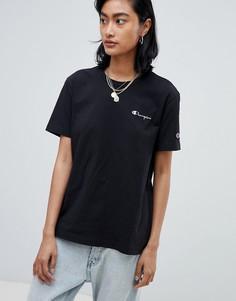 Свободная футболка с маленьким логотипом Champion - Черный