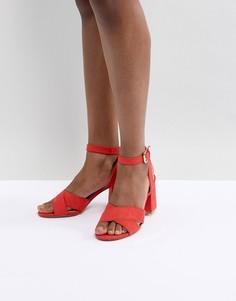 Босоножки на блочном каблуке Pimkie - Красный