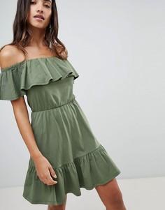 Сарафан с открытыми плечами и ярусной юбкой ASOS DESIGN - Зеленый