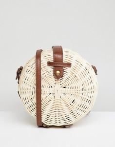Круглая соломенная сумка с полиуретановым ремешком ASOS DESIGN - Светло-бежевый