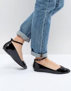 Туфли на плоской подошве с острым носом Faith - Черный