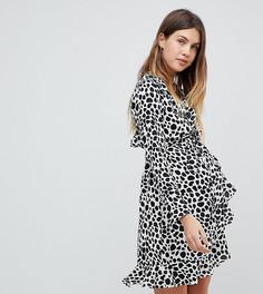 Платье мини в монохромный горошек с запахом и оборками ASOS Maternity - Мульти
