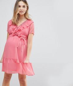 Чайное платье с оборкой Mamalicious - Розовый Mama.Licious