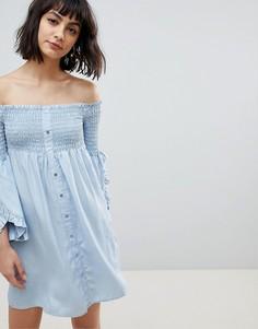Свободное платье на пуговицах с открытыми плечами River Island - Синий