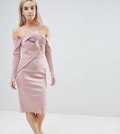 Платье-бандо миди с длинными рукавами и складками спереди ASOS PETITE - Розовый