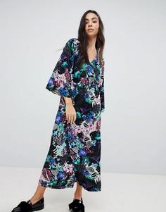 Платье миди с запахом и цветочным тропическим принтом Monki - Мульти