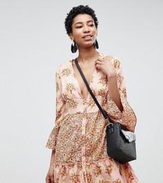Платье мини с цветочным принтом и оборками Vero Moda Tall - Розовый