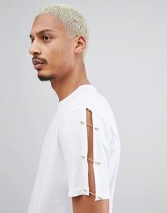 Свободная длинная футболка с золотистыми булавками на рукавах ASOS DESIGN - Белый