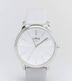 Часы с серым ремешком из искусственной кожи Limit эксклюзивно для ASOS - Серый