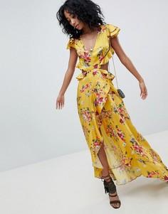 Желтое платье макси с цветочным принтом, открытой спиной и оборками ASOS DESIGN - Мульти