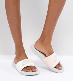 Розовые шлепанцы Nike Benassi - Розовый