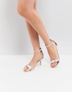 Серебристые босоножки на каблуке Glamorous - Серебряный