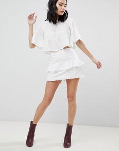 Мини-юбка с оборками и вышивкой Honey Punch - Белый