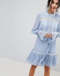 Платье со сборками и оборкой Forever New - Синий