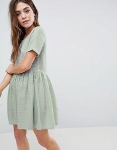 Свободное платье мини в стиле casual в фактурную клетку ASOS - Зеленый