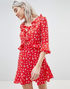 Приталенное платье Boohoo - Красный