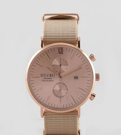 Часы с хронографом и кожаным ремешком в подарочном наборе со сменным парусиновым ремешком Reclaimed Vintage Inspired эксклюзивно для ASOS - Коричневый
