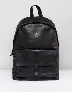 Кожаный рюкзак с карманом и тисненым логотипом ASOS - Черный