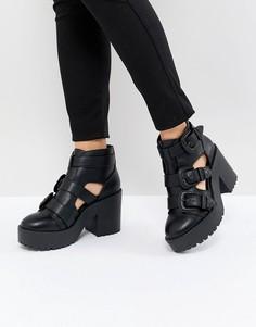 Ботинки в стиле вестерн с вырезами ASOS DESIGN Ester - Черный