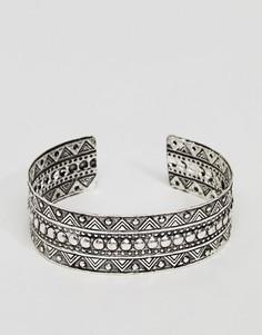 Гравированный браслет-манжета ASOS - Серебряный