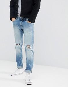 Джинсы классического кроя с рваными коленями Produkt - Синий