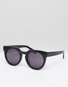 Солнцезащитные очки в жестком футляре Selected Femme - Черный