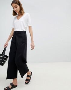 Широкие укороченные брюки Selected - Черный