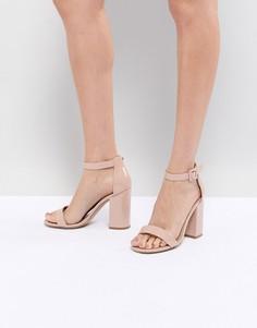 Лакированные босоножки на блочном каблуке New Look Barely There - Бежевый