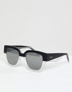 Черно-белые круглые солнцезащитные очки Quay Australia - Черный