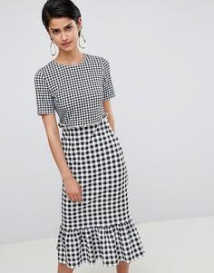 Платье миди в контрастную клетку с оборкой ASOS DESIGN - Мульти