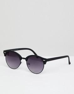 Круглые солнцезащитные очки в черной оправе New Look - Черный