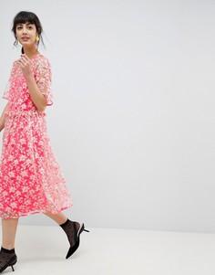 Свободное платье миди с заниженной талией и цветочной отделкой ASOS EDITION - Розовый