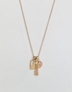 Золотистое ожерелье с деталями в виде замка и ключа Chained & Able - Золотой